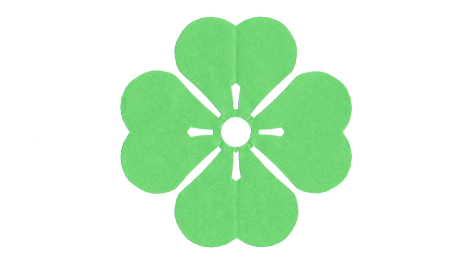 四つ片喰(よつかたばみ)の家紋切り紙