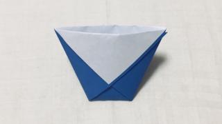 紙コップの折り紙
